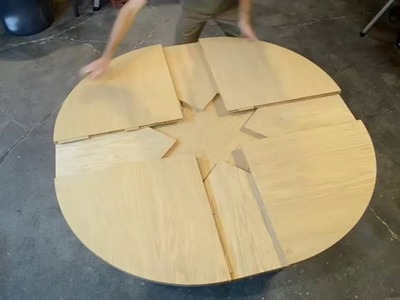 Wooden Expanding Table