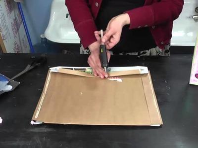 How to Make a Homemade Valentine Box