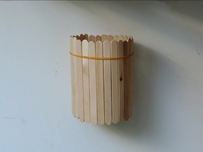 How To Make A Popsicle Stick Pencil Holder. (Full HD)