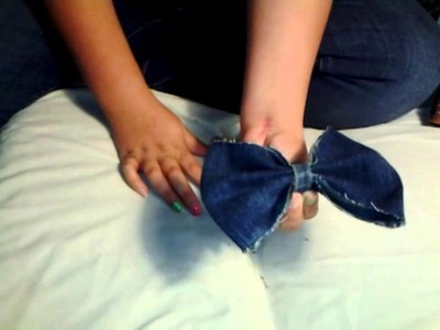 Hair bow tutorial with Jeans