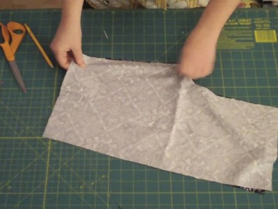 Learn to Sew 101 series - Pinning and Sewing a Seam Lesson #6 - by Puking Pastilles