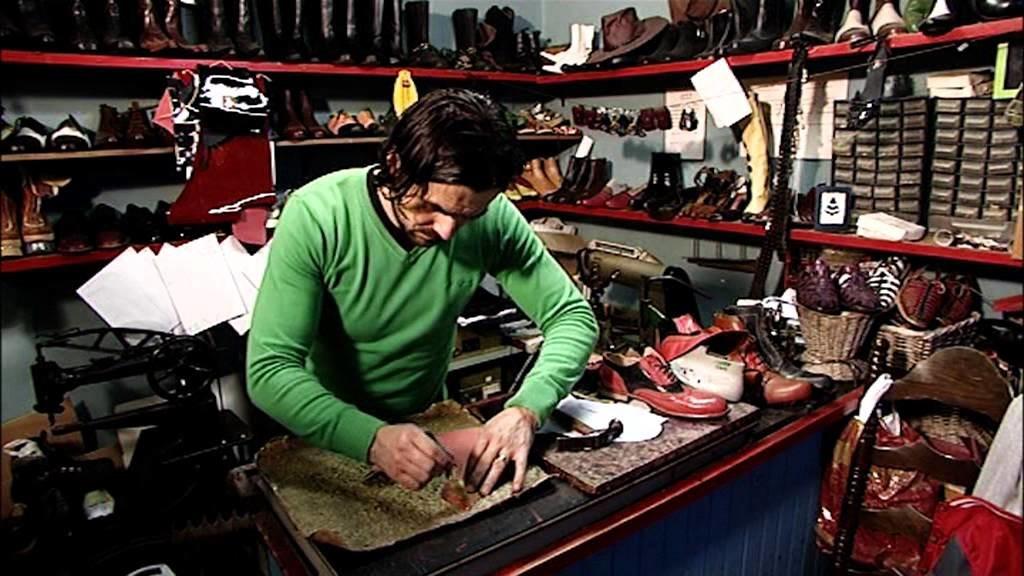 Process of making - TASH - handmade shoes
