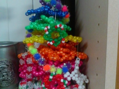 How to Make a Kandi Christmas Tree - [www.gingercande.com]