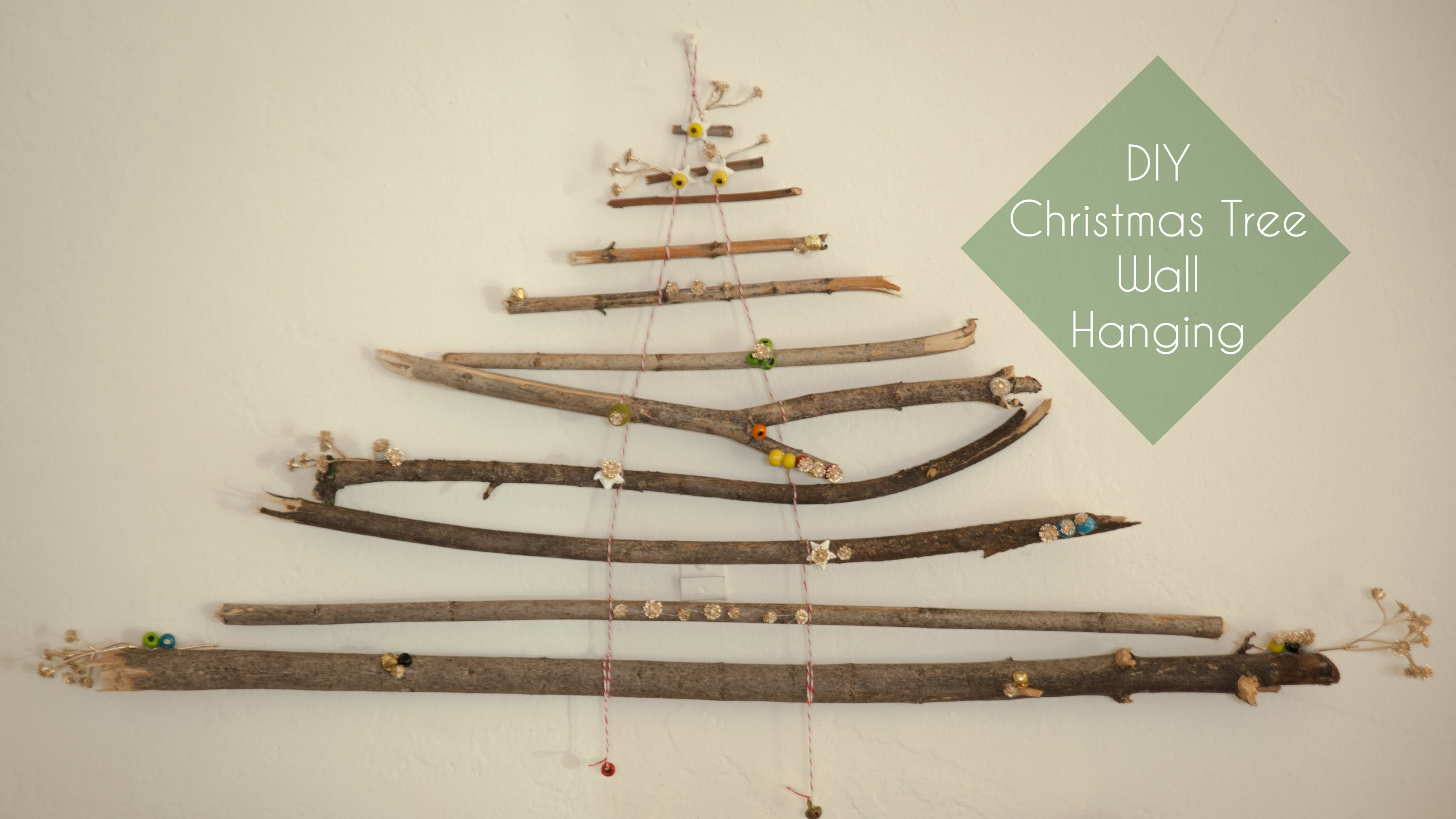 DIY Christmas Tree Wall Hanging