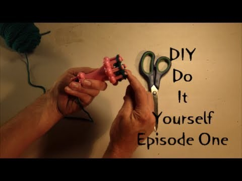 Do It Yourself DIY: Episode One: Cat Toy Yarn Ball