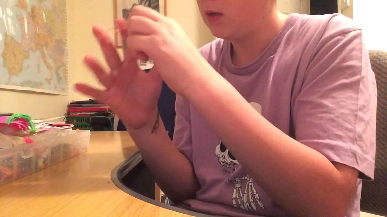 Original loom band bracelet tutorial