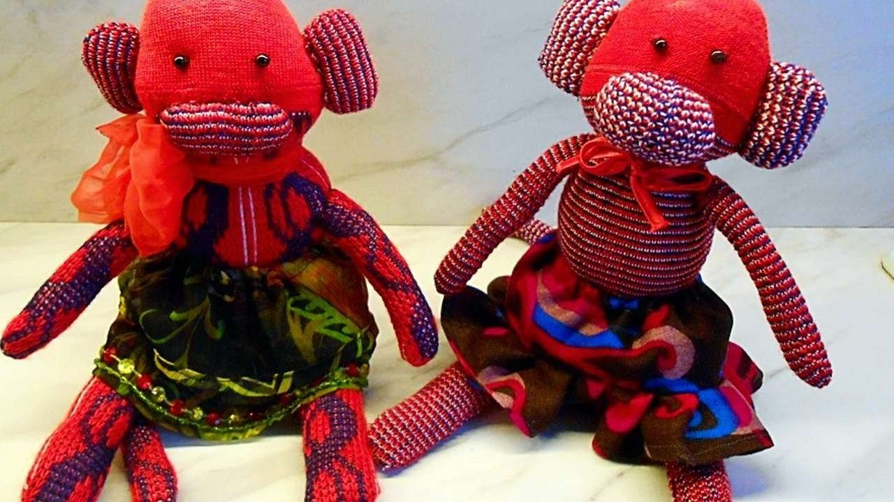 How To Make A Pair Of Cute Sock Monkeys - DIY Crafts Tutorial - Guidecentral