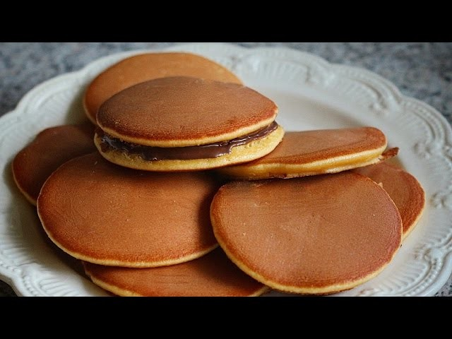 How to make fluffy and soft Dorayaki (recipe) - Cách làm bánh Dorayaki