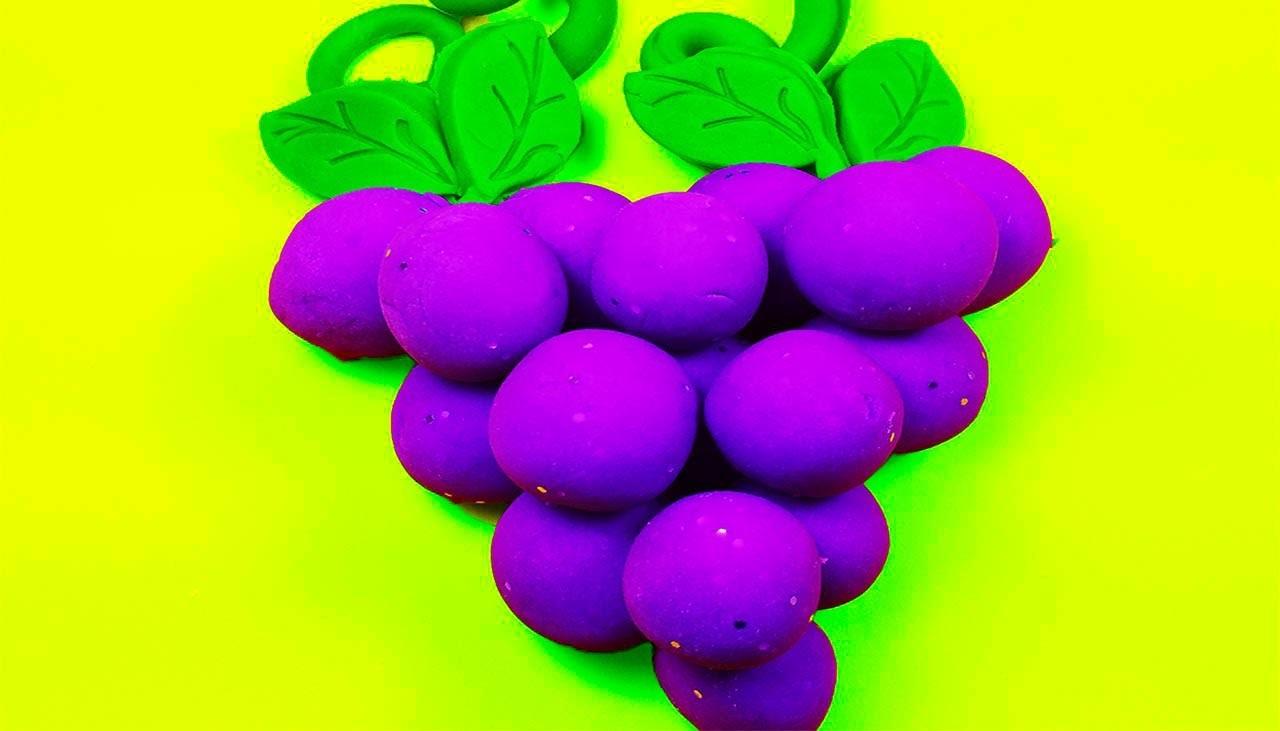 DIY: How to Make Homemade Colorful Grape Playdough! Made with Cream of Tartar!