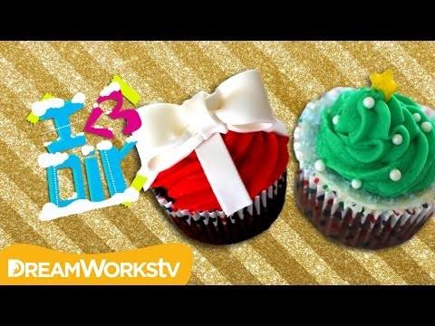 Holiday Cupcakes with SweetEmelyne   I ♥ DIY