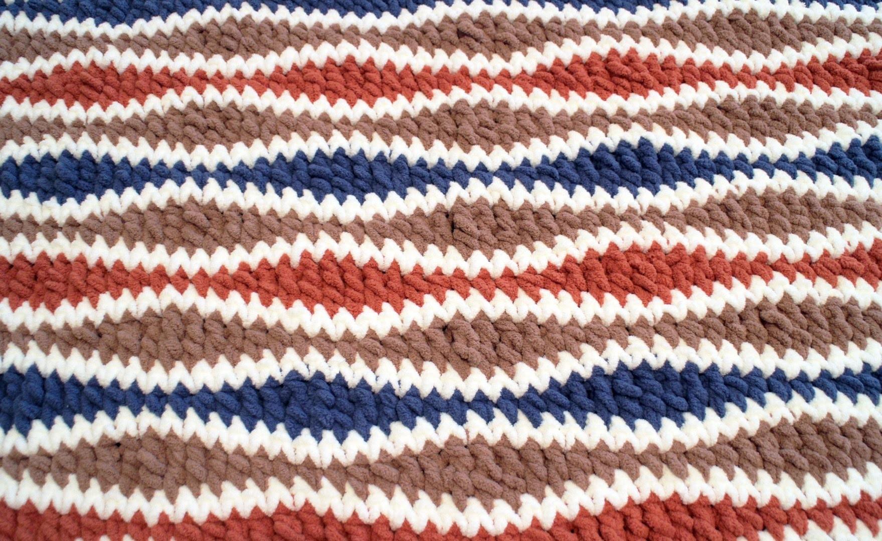 Left Hand: The Crochet Wavelength Stitch