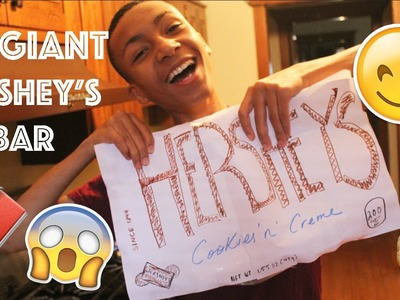 DIY GIANT COOKIES 'N' CREME HERSHEY'S BAR!