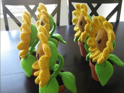 How to Crochet Amigurumi: Chain Stitch (Sunflower Stem)
