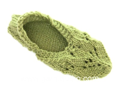 DROPS Knitting Tutorial: How to work and assembly the slippers in DROPS 168-25