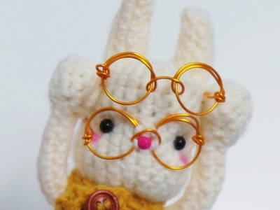 Tutorial: How to make a pair of eyeglasses for your doll?