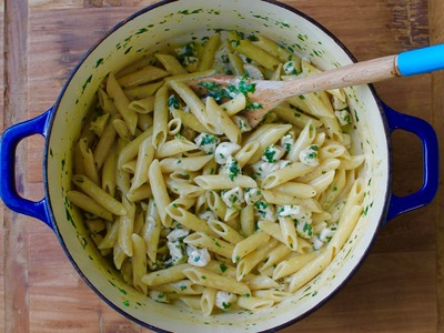 Easy pasta recipe: How to make one-pan chicken alfredo