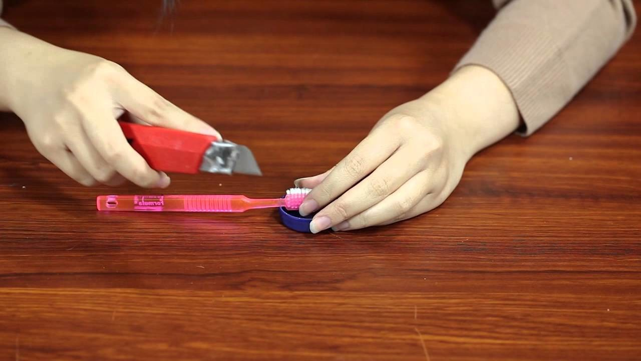 How To Make Tooth Brush Holder From Your Old Plastic Bottle