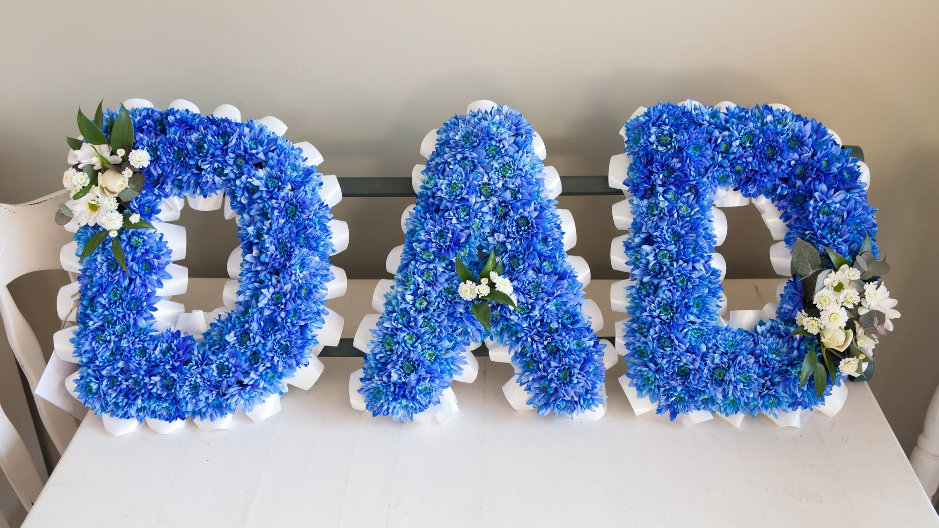 Funeral Flower Wording How To Create A Blue Dad Sympathy Arrangement