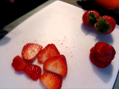 How To Cut A Strawberry