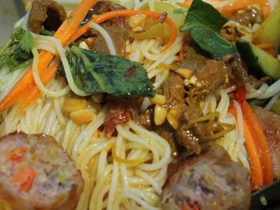 How to make Bo Bun: Vietnamese Beef Noodles Salade - Morgane Recipes
