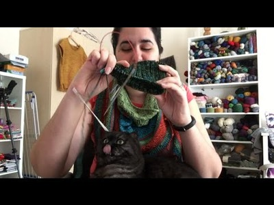 Knitting Expat - Episode 63 - Practicing Portuguese Purling!