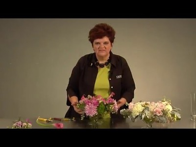 Quick Tip: How to Hold Flowers in Place with Decorative Wire