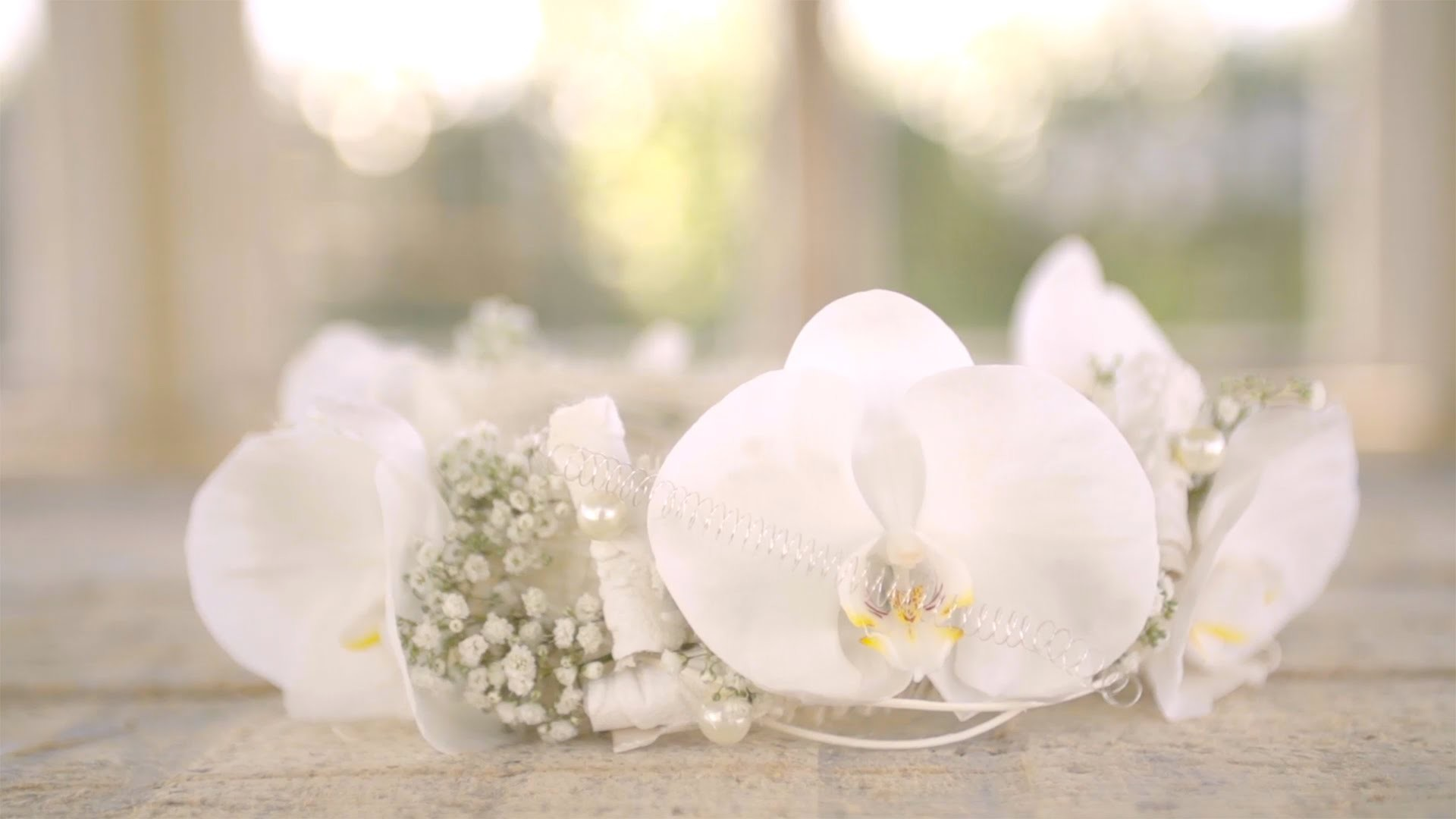 Classic Wedding Headpiece | Flower Factor How To | Powered by Ichtus Flowers