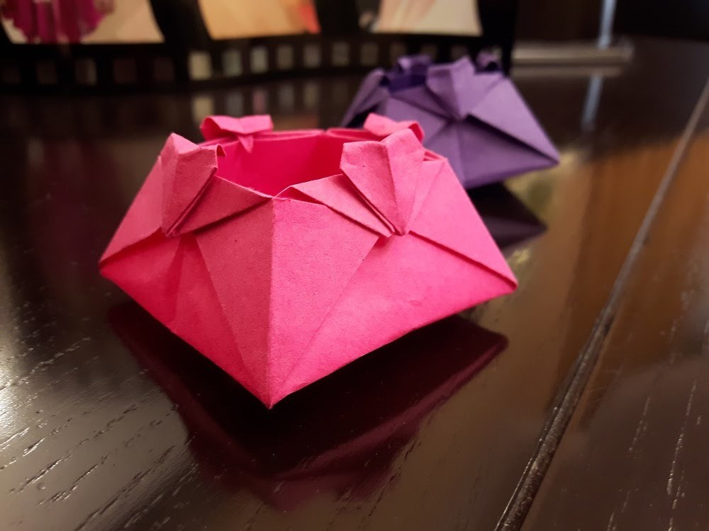 How to make a Paper Love box? (HEART)