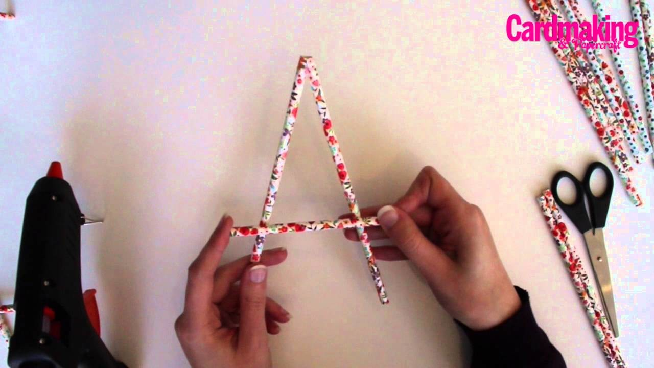 How to make a paper straw easel