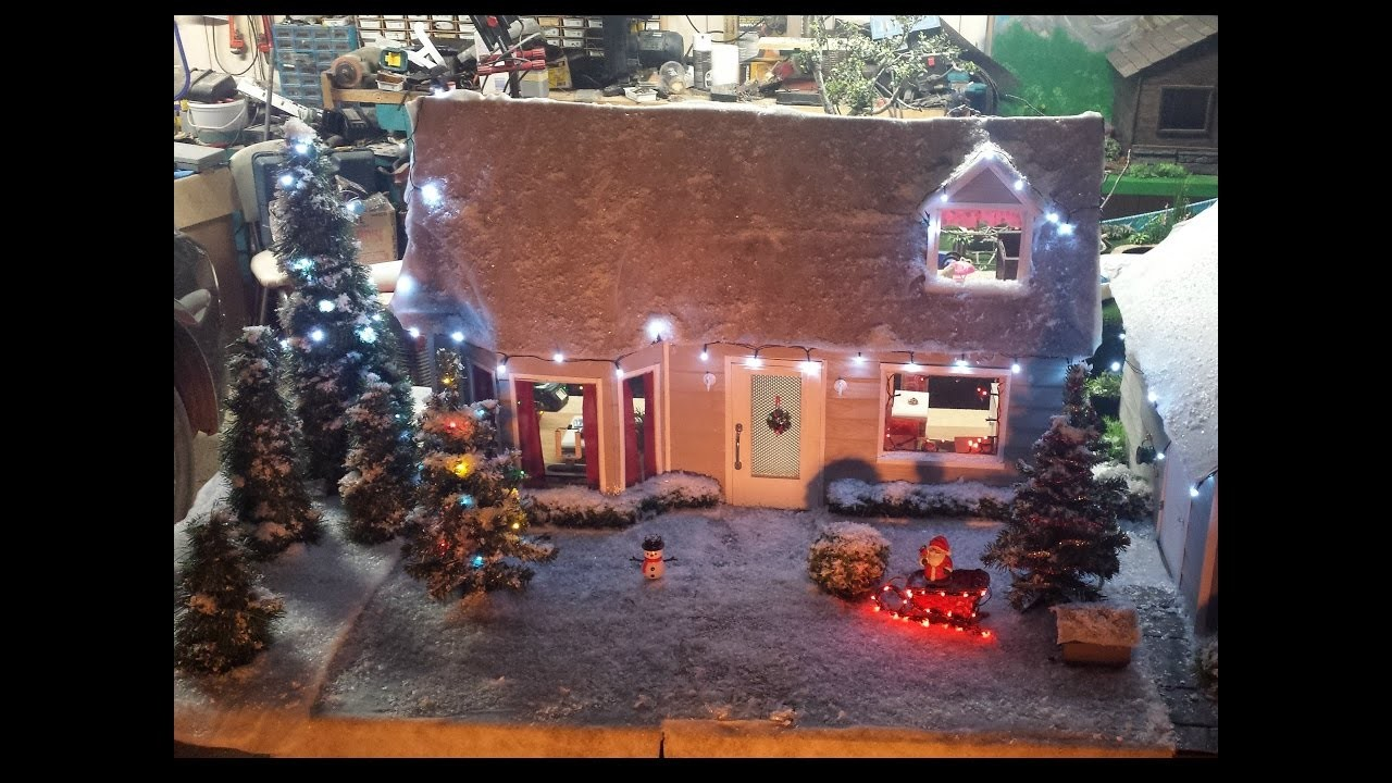 Decorating My Doll House for Christmas