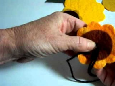 DIY - Sewing a Felt Sunflower Brooch  Part 1