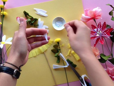 How to make a paper daisy