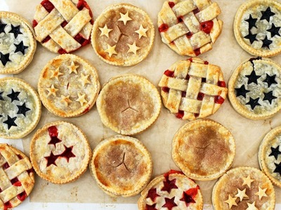 How To Make Mason Jar Lid Pies - HGTV Handmade