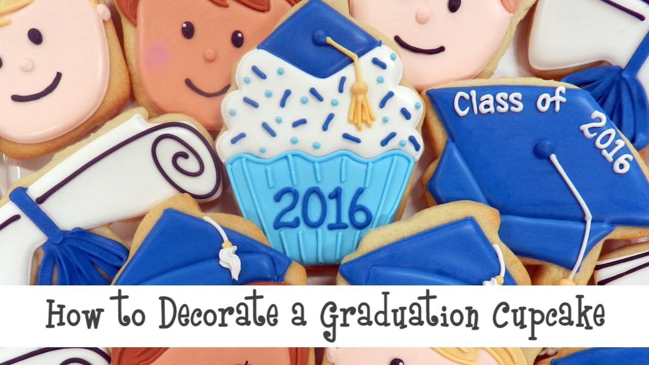 How to Decorate a Graduation Cupcake