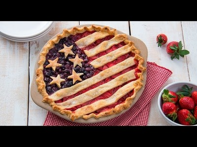 How to Make an American Flag Pie - Strawberry Blueberry USA Pie Recipe | RadaCutlery.com