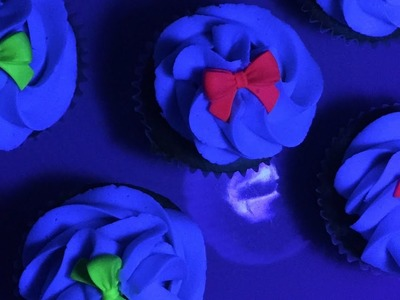 How to make glowing cupcakes - Glow in the dark cake - Glow party