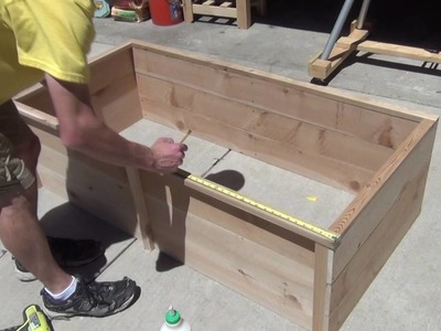 How to make a raised flower bed