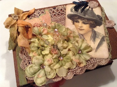 Lady Couture Vintage Journal - Paper Bag Pockets