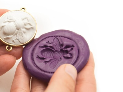 Artbeads Mini Tutorial - How to Create a Silicone Putty Mold with Becky Nunn