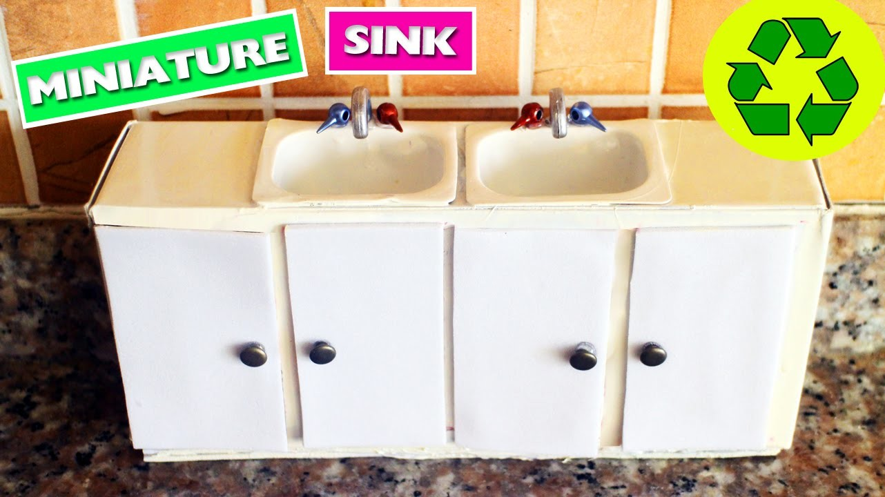 DIY   Miniature Kitchen Sink with doors that open and close
