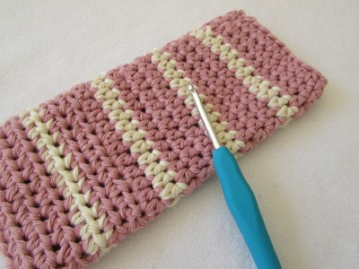 How to crochet a simple glasses case for beginners