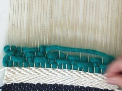 How to weave the small diamonds pattern