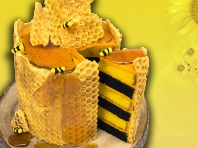 How to Make a Honeycomb Bee Cake from Cookies Cupcakes and Cardio