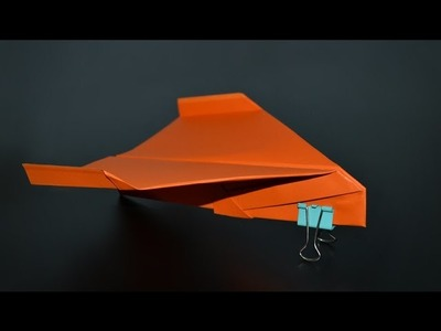Origami:  Delta Paper Airplane - Instructions in English (BR)