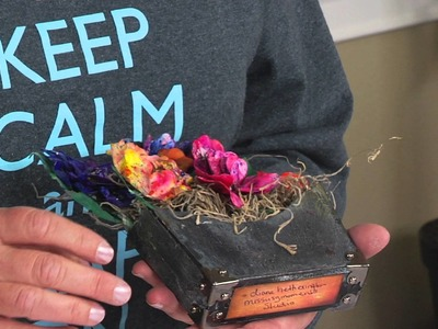 ScoreBoards Die DIY with Eileen Hull:  Make 3-D Flower Pockets