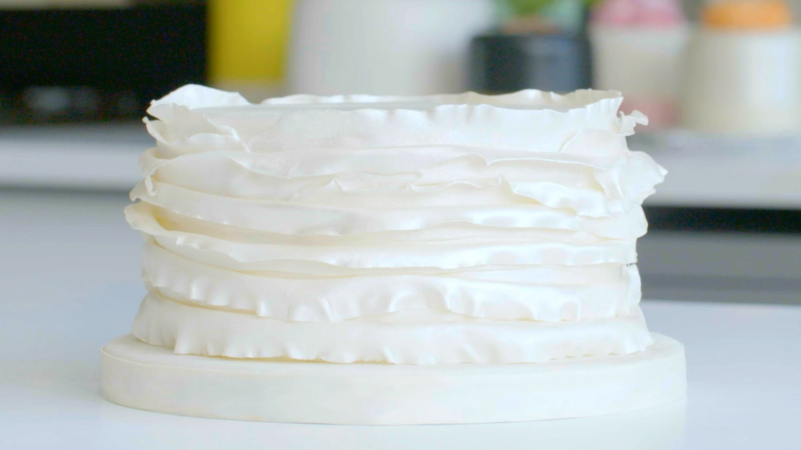 How to create a ruffle effect cake | Cake Creations