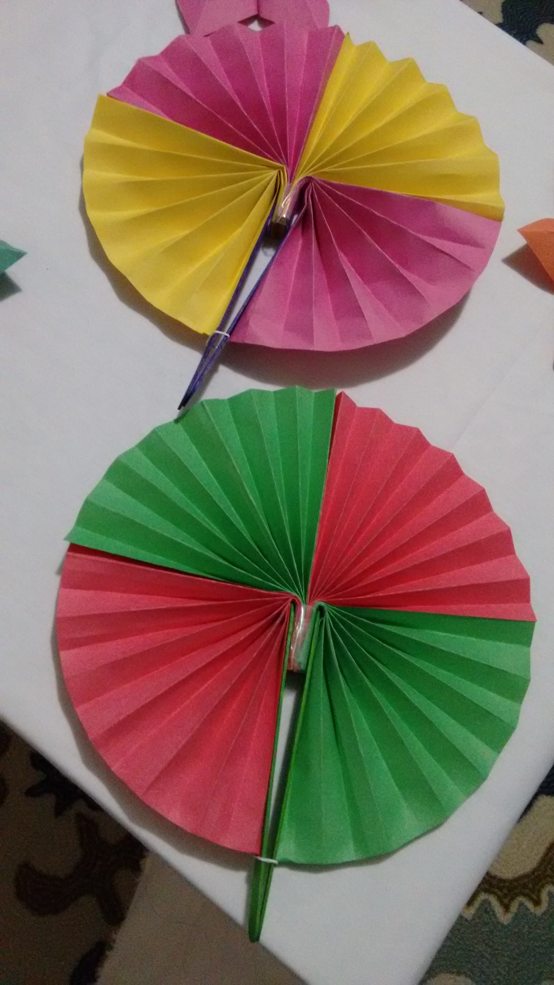 How To Make Paper Hand Fan Origami