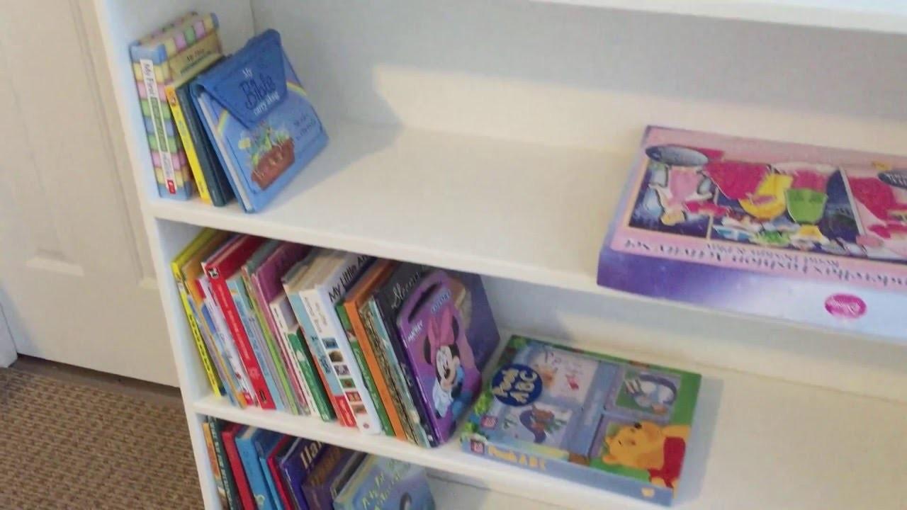 Easy DIY Bookshelf