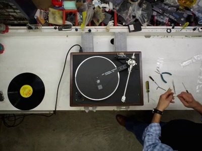How a VPI Classic Turntable is made (in 30 seconds)