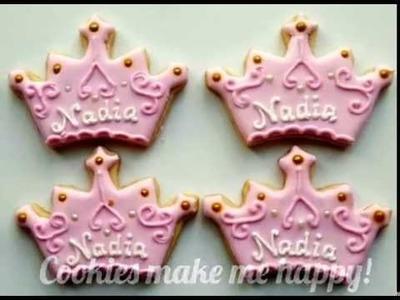 How to decorate a Princess Tiara cookie